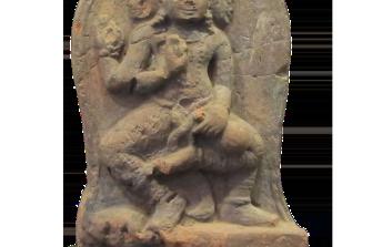 bassorilievo divinità a tre teste – Viet Nam (Champa) – VIII sec.